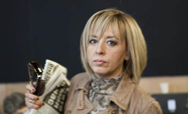 """Мая Манолова: Има опити делото срещу """"Топлофикация"""" да бъде протакано"""