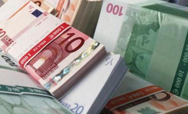 Повече от 300 българи имат сметки с над 1 млн. евро в чужди държави и офшорки