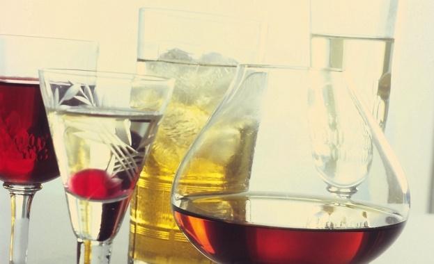 КЗП: Разреденият алкохол е най-честото нарушение в заведенията по морето
