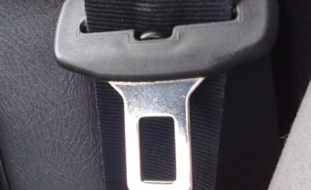 800 човека са засечени за месец без колани в колите