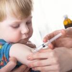 Лекари се обявиха против част от промените в имунизационния календар