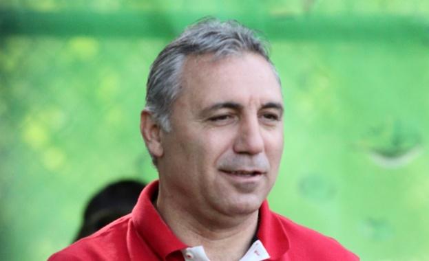 Куп футболни величия ще пристигнат в Стара Загора за сблъсъка
