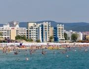 Чакаме над 5,5 милиона туристи по морето