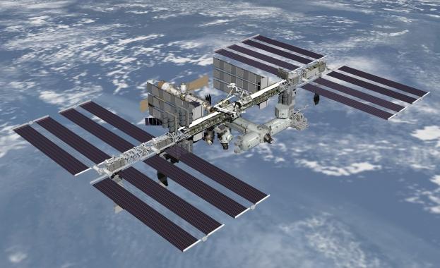 """""""Союз МС-06"""" с двама американски астронавти и един руски космонавт се скачи с МКС"""