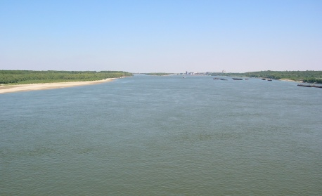Нивото на Дунав продължава да се покачва, службите следят ситуацията