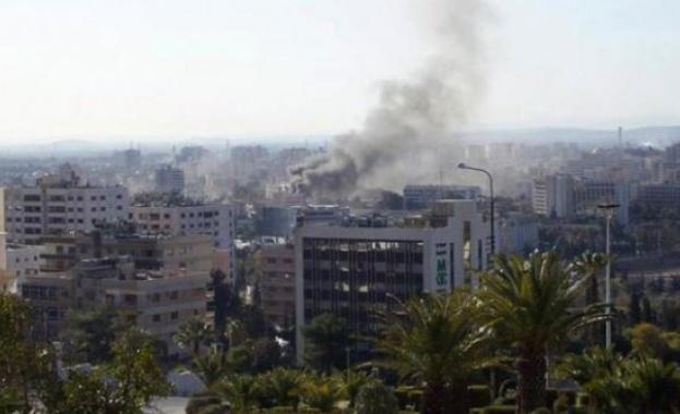Загинал и шестима ранени при самоубийствена атака в Дамаск