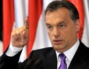 Виктор Орбан: Една дума на Меркел и мигрантската вълна спира