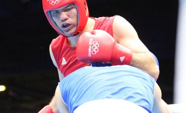 Българският боксьор Тервел Пулев записа голяма победа над американеца Дешон