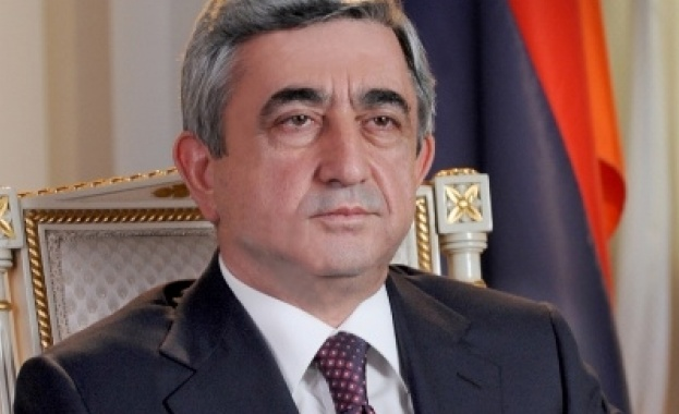 Премиерът на Армения Серж Саркисян подаде оставка след продължили дни