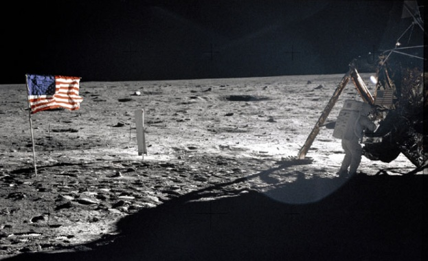 Китайци садят картофи на… Луната. Камери ще ни показват разсада