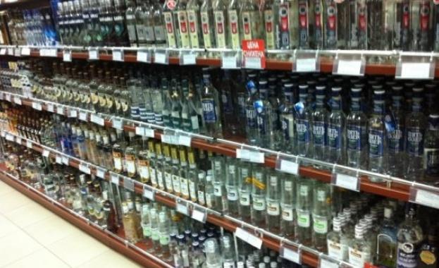 Властите в Русия успокояват: Няма да се вдига цената на водката