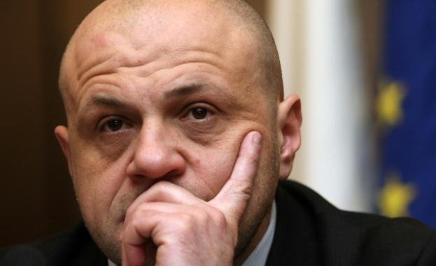 """""""Президентът Румен Радев се е превърнал в политик и като"""