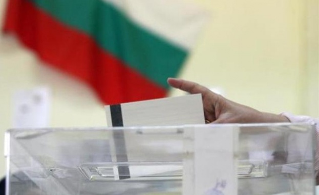 Снимка: Три оферти са постъпили за осигуряването на машинно гласуване