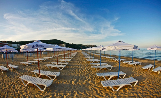 Цената на чадърите във Варна е 5 лева и цената