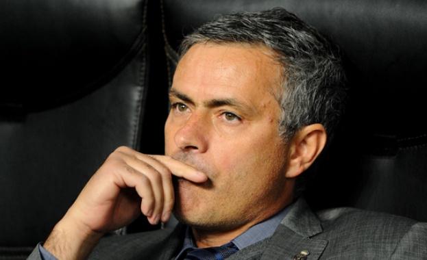 """Моуриньо се завръща в """"Реал"""" за космическа заплата"""