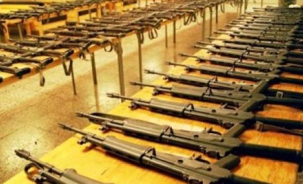 САЩ и Русия остават най-големите износители на оръжие в света