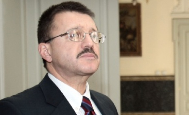 Бойко Ноев убеден, че властите прикриват отравянето на Гебрев