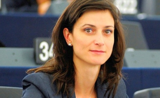 Мария Габриел е новият еврокомисар по иновациите и младежта