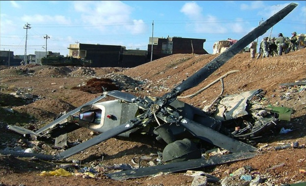 Гръцките власти съобщиха, че малък цивилен хеликоптер се е разбил