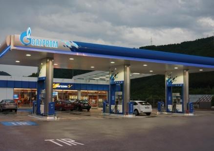 Търговците на горива вече ще посочват на касовата бележка чистата цена на горивото