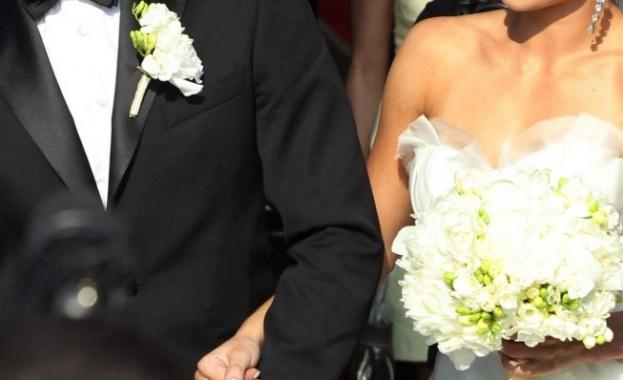 Когато носиш добро сърце: Младоженци дариха парите от сватбата си за лечението на болно дете