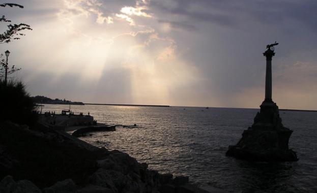Готвят ли се САЩ за военна интервенция в Крим?