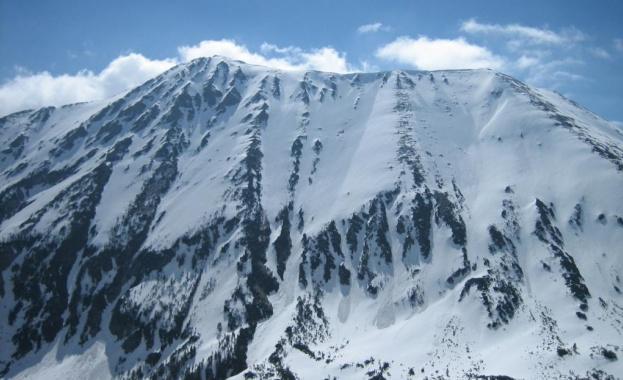 Убитият от лавина младеж под връх Тодорка е бил опитен скиор