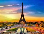 Франция регистрира рекорден наплив на чуждестранни туристи