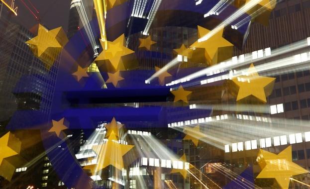 Влизане в Еврозоната ще донесе по-ниски лихви на кредите, обявиха евродепутати