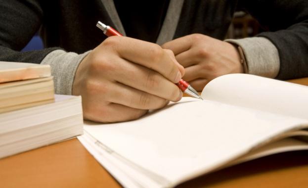 Ето и верните отговори от матурата по български език и литература