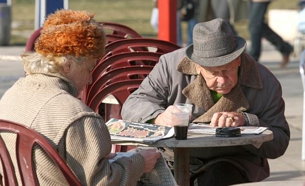 Социалното министерство планира ръст на всички пенсии през 2018-а