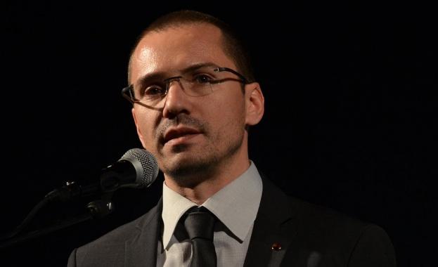 Джамбазки призова Антикорупцията да отиде при циганските барони