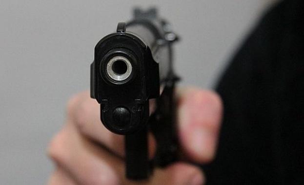 79 действащи пистолета бяха открити в превозно средство, което трябваше