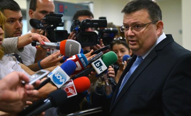 Цацаров: Повече право и по-малко политика за съдебната реформа