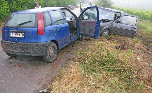Затворен за движение е пътя Котел - Омуртаг край село