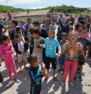 Как ромите си поискаха климатици от Фандъкова