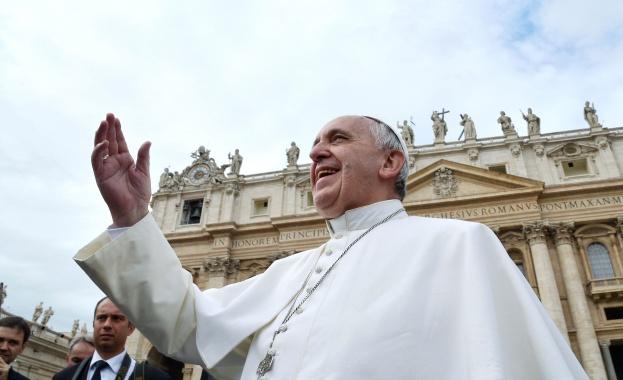 Папа Франциск бе днес на поклонническо пътуване из Северна и