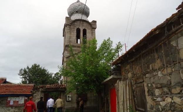 """Една от най-старите църкви на България - """"Св.Атанасий"""" - е руска"""