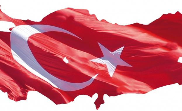 Турция е главоболие, от което Европа не може да се отърве