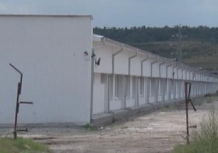 Отварят поетапно лагера за бежанци в Харманли
