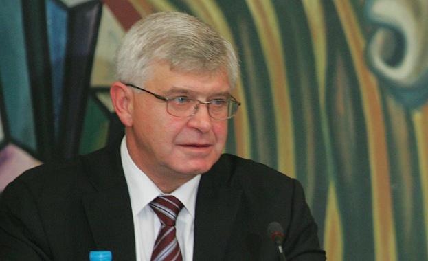 Кирил Ананиев: 1151 души чакат за трансплантации в България