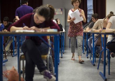 27 000 осмокласници са на матура по чужд език