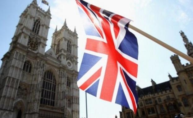 На прага на преговорите по Брекзит Великобритания е все по-разделена