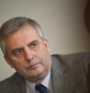 Калфин: България не трябва да става активна страна в спора за името на Македония