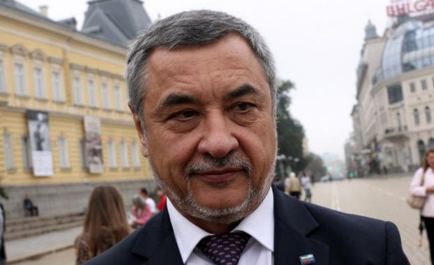 Видео от втора акция на вицепремиера Валери Симеонов в нощен