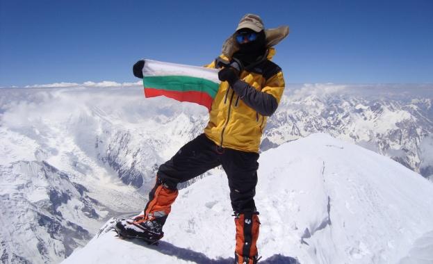 БНТ излъчва филм за алпиниста Боян Петров