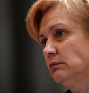 Менда Стоянова: Бюджет заплати не плаща