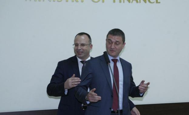 Вл. Горанов: Средствата, прехвърлени от УПФ към ДОО, ще бъдат пренасочени към Сребърния фонд