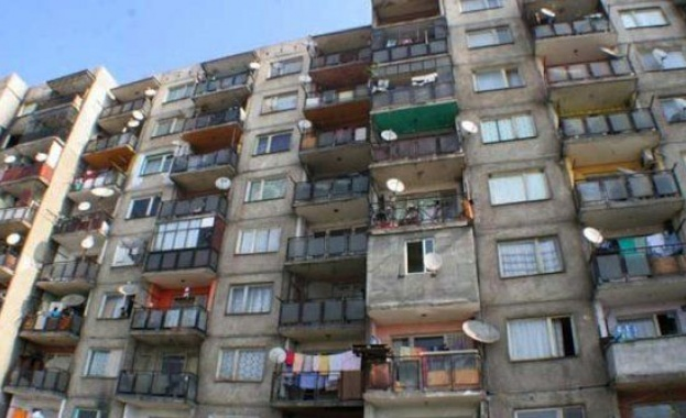 3 поколения на 60 квадрата: 41% от българите живеят в пренаселени жилища