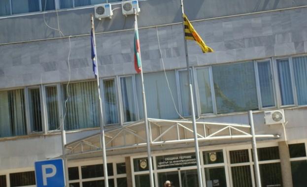 Роднина на заместник-кмета по строителството в Перник печели обществена поръчка